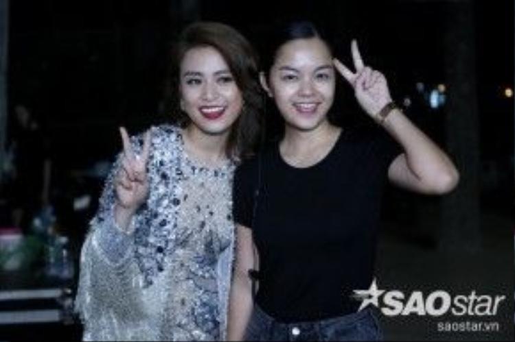 hay tươi tắn bên giám đốc sản xuất chương trình Phạm Quỳnh Anh.