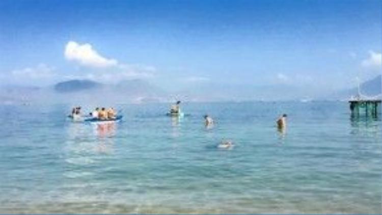 Bãi tắm ở Sao Biển, Cam Ranh.