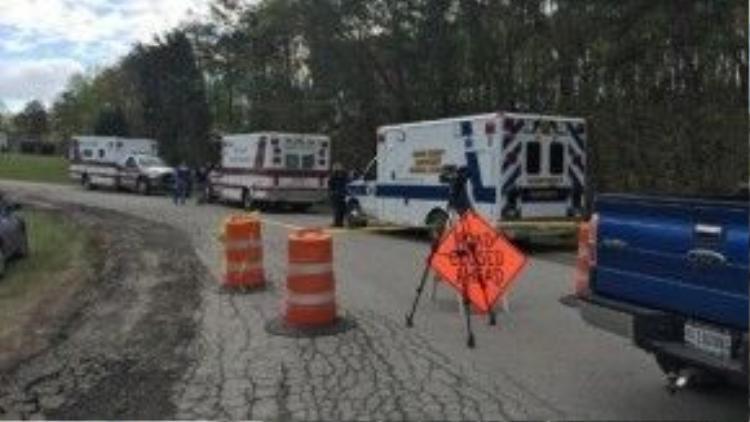 Các nhà điều tra gần hiện trường sau khi ít nhất 7 người chết được phát hiện tại ba địa điểm. Ảnh:WSYX/WTTE