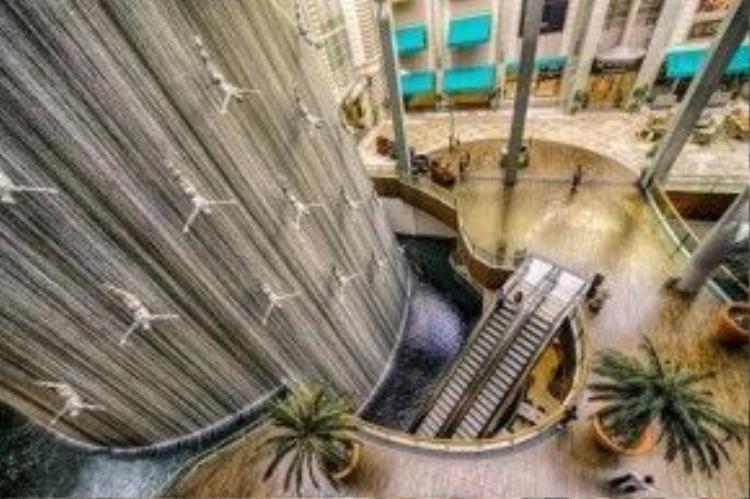 Đài phun nước Divers ở Arab Saudi.