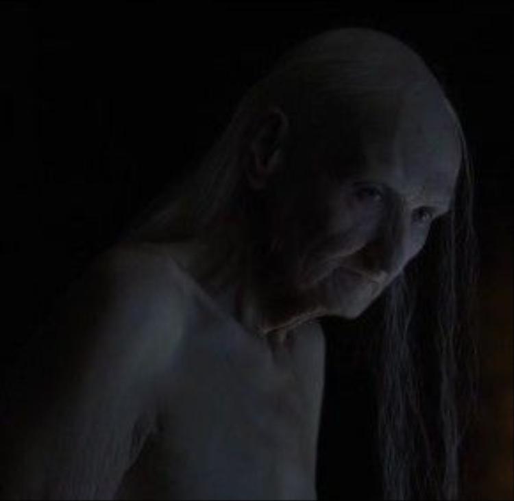 """Melisandre """"hiện nguyên hình""""?"""