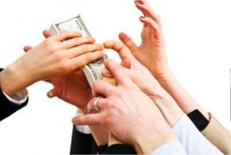 Một xã hội chạy theo tiền bạc.