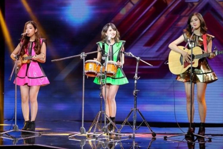 S Girls khiến Tùng Dương và Dương Khắc Linh phải tranh giành nhau trên ghế nóng