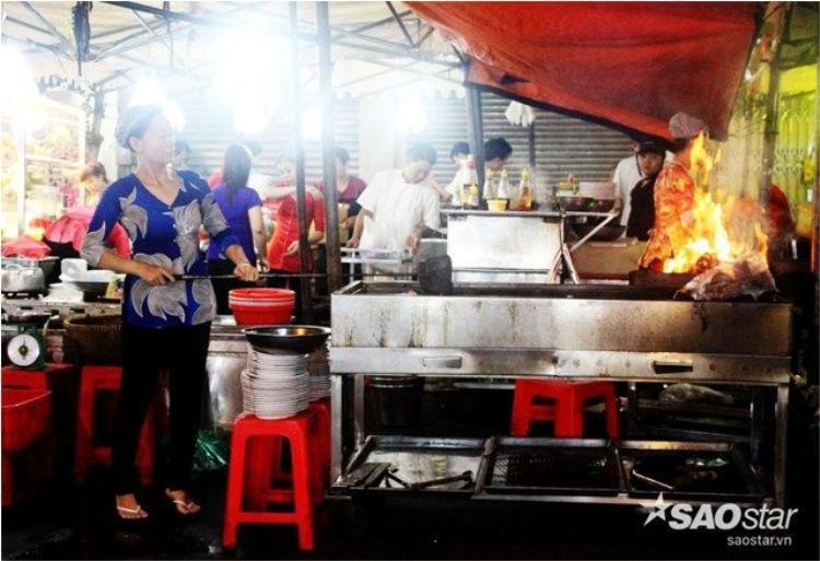 Chợ đêm Bến Thành: Có một ban ngày vào giữa đêm ở trung tâm Sài Gòn