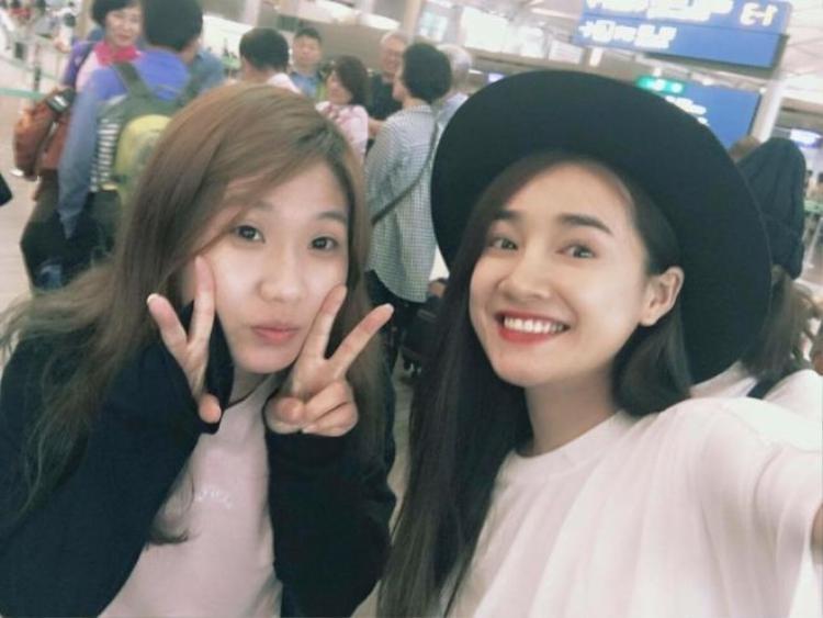 Nhã Phương vui vẻ check-in cùng Kang Tae Oh tại Việt Nam khiến fan phát sốt