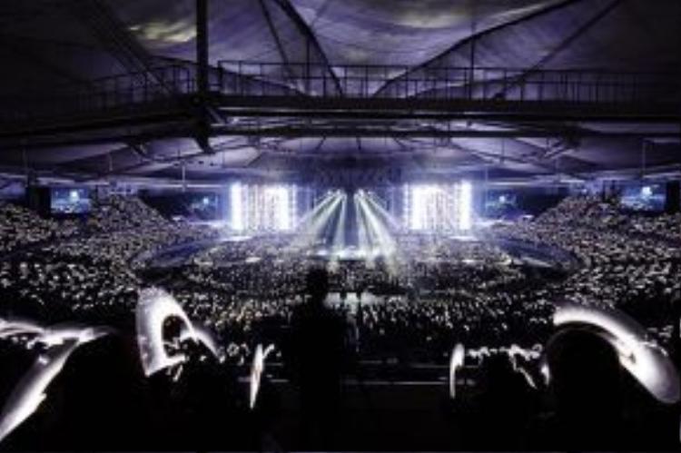 EXO chắc chắn sẽ đem đến những màn trình diễn hoành tráng nhất trong tour diễn lần này.