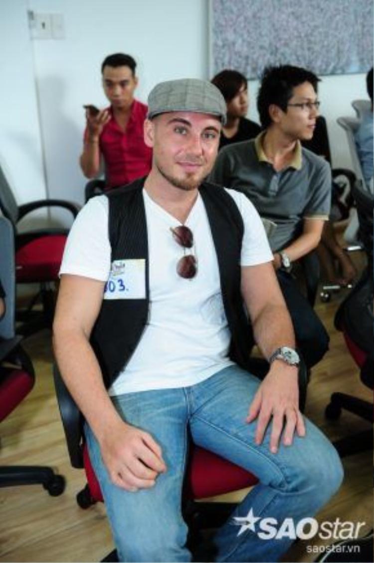 Thí sinh ngoại quốc đến từ Canada tham gia tuyển sinh tại TP. Hồ Chí Minh. Justin Weskey Mccarthy từng tham gia Canadian Idol và hiện đã sinh sống tại Việt Nam 1 năm rưỡi.