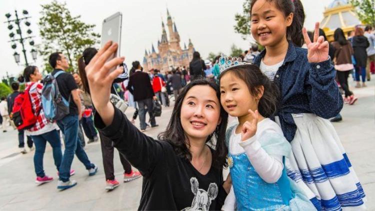 Disneyland chính thức mở cửa công viên hoành tráng nhất tại Thượng Hải
