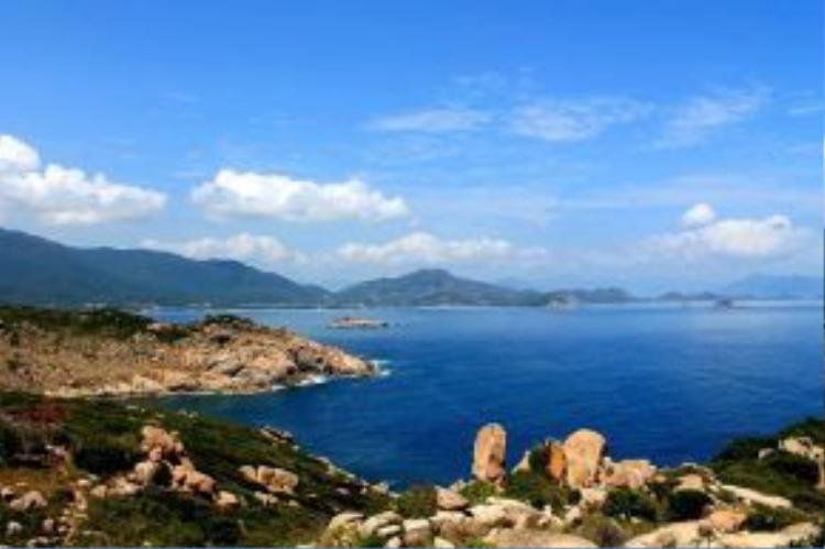 Đảo Bình Hưng nhìn từ trên cao. Ảnh: Phước Bình.