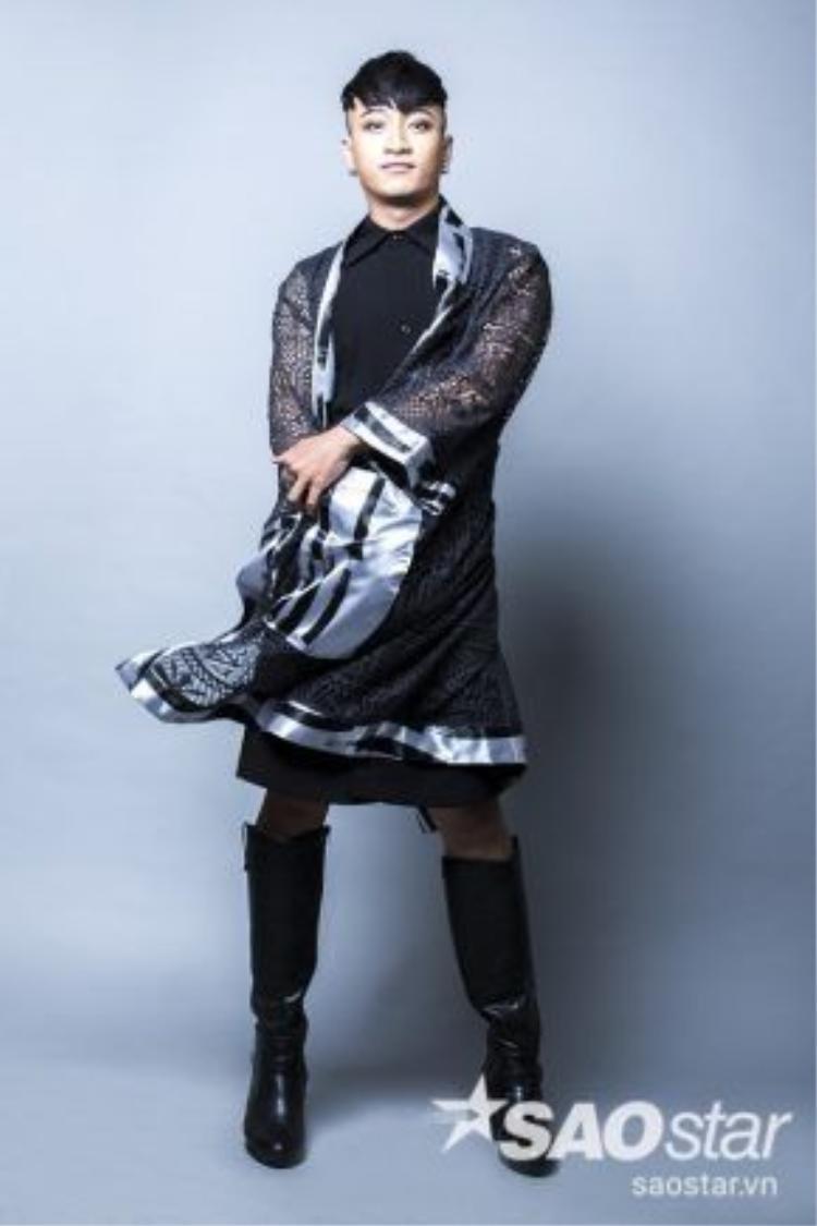 Style đậm chất unisex mà Adam Lâm đang theo đuổi có lẽ là lựa chọn đúng đắn với anh.