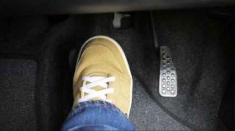 Nhầm chân ga có thể xảy ra ngay cả với những tài xế kinh nghiệm