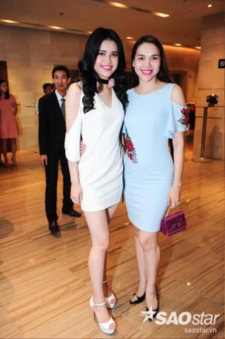 Hoa hậu Đông Nam Á - Diệu Hân đưa em gái của mình đi thi.