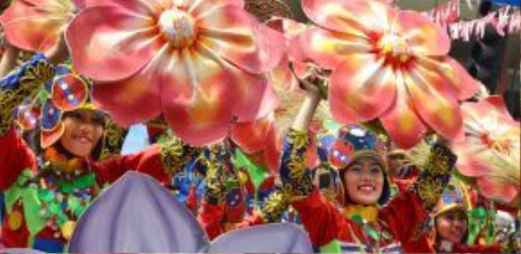 Khám phá thành phố có nền văn hóa đa dạng bậc nhất Philippines - Davao - nơi có rất nhiều lễ hội hoành tráng lẫn phong cảnh thiên nhiên hữu tình giữa biển, núi, đô thị sầm uất…