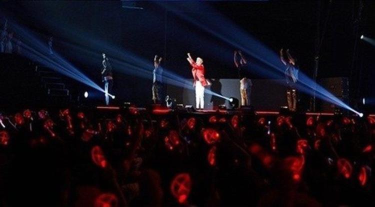 Concert Junsu chen kín 16.000 khán giả Nhật: Điều an ủi giữa tâm bão Park Yoochun