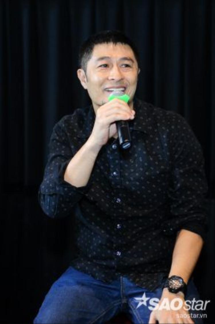 Charlie Nguyễn vẫn luôn trung thành với bộ sậu của mình.