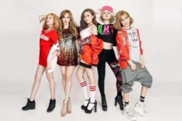 Không chỉ người đẹp eo thon mà những cô nàng S-girls còn sở hữu phong cách thời trang siêu ngầu.