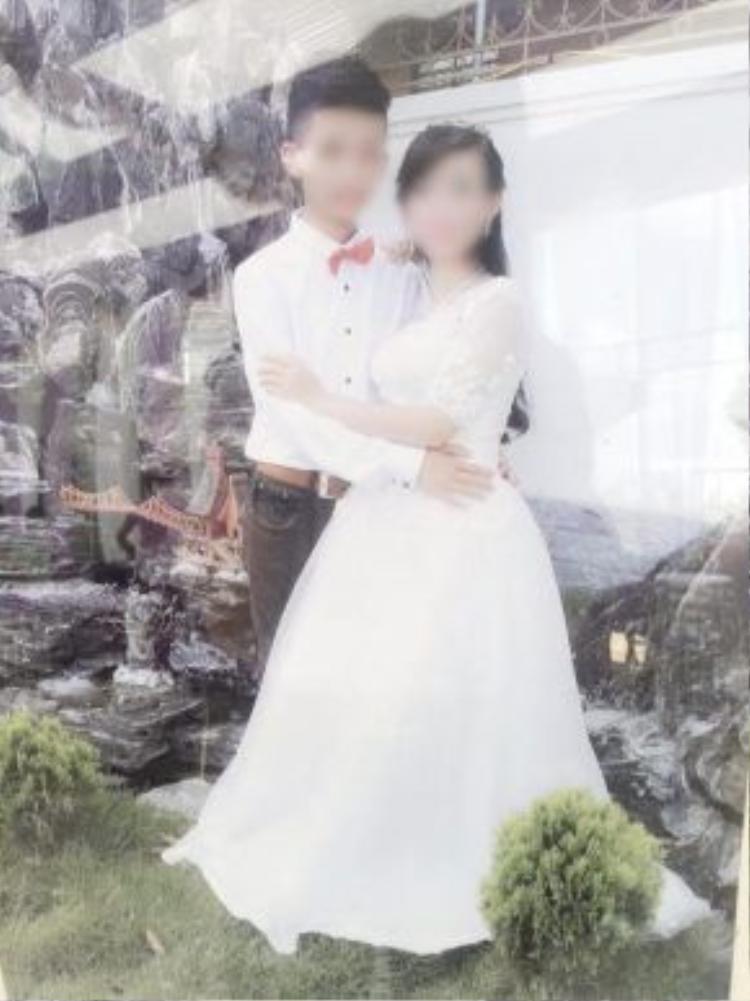Cặp đôi 10x - cô dâu chú rể cùng 16 tuổi tổ chức lễ cưới ở Nghệ An trong sự vui mừng, chúc phúc của họ hàng hai bên