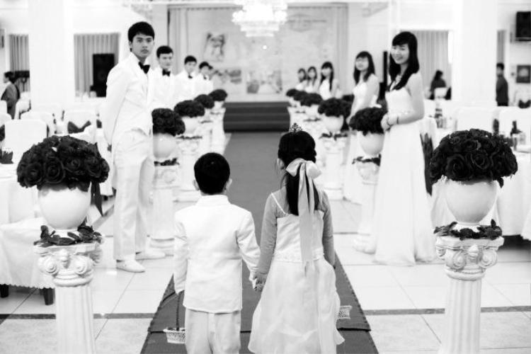 Đoạn đời đẫm nước mắt hậu đám cưới của những cô dâu 16 tuổi