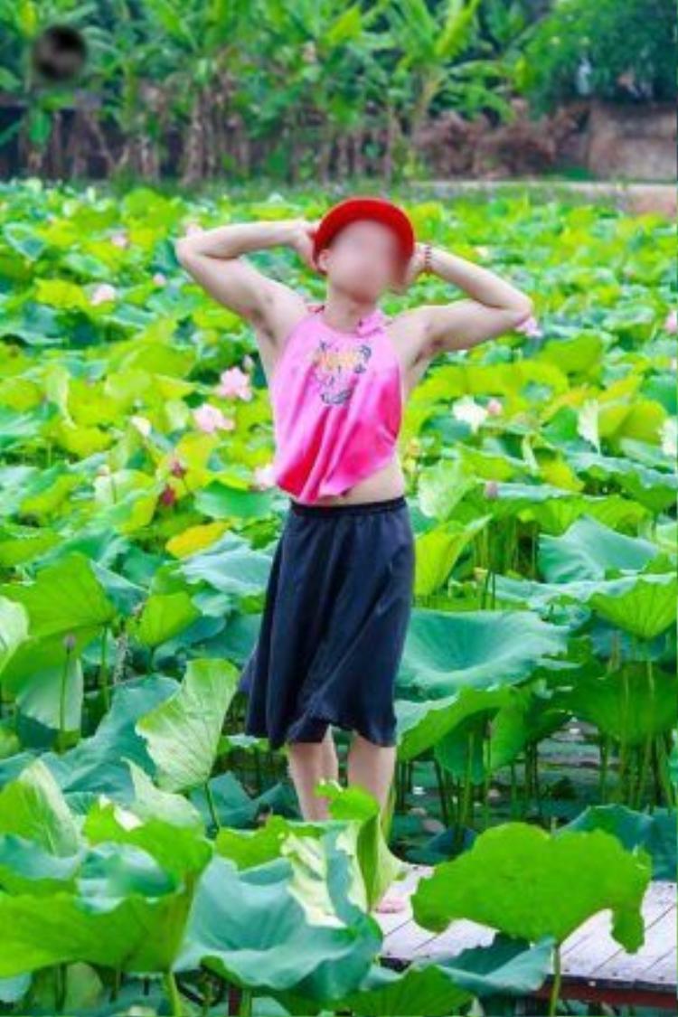 Nhiếp ảnh gia cho biết chụp chỉ để vui đùa. Ảnh: Văn Quang.