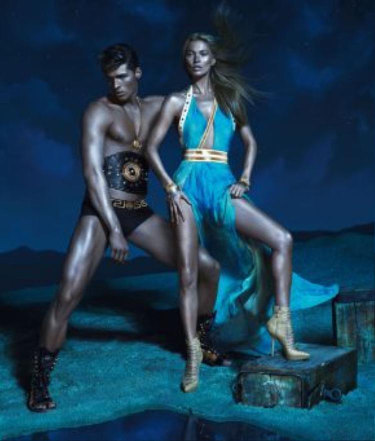 """Hồ Ngọc Hà chắc chắn sẽ là một trong những """"nữ thần"""" xuất sắc nếu được nhà mốt Versace chọn lựa."""