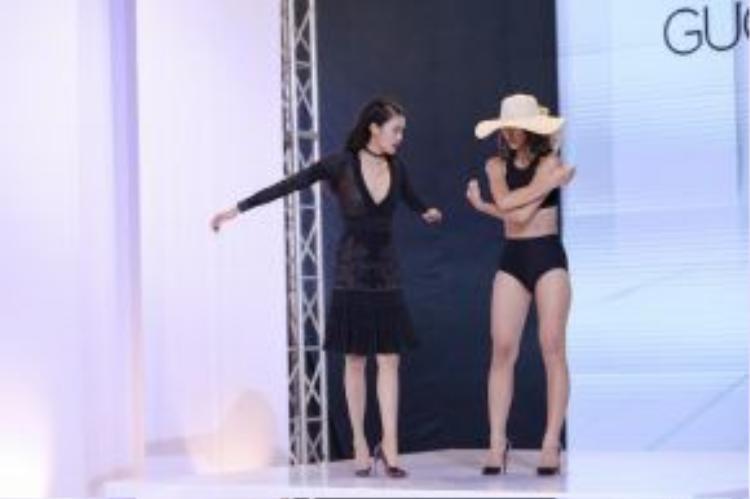 Quỳnh Mai vẫn chưa tự tin với bản thân, những bước catwalk vẫn còn khá cứng cáp.
