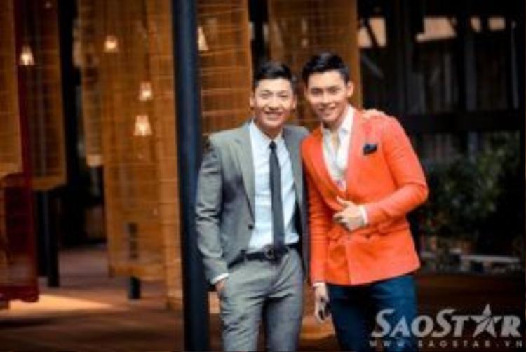 Tấm - cám: Trần Trung - Mạnh Khang: Cặp đôi soái ca làng mốt Việt với suit bảnh bao.