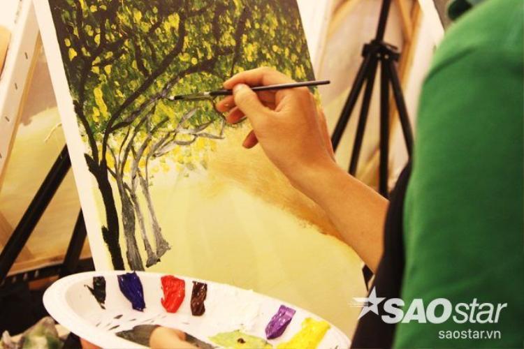 Tipsy Art  trò vui mới biến hóa người không biết vẽ thành họa sĩ ở Sài Gòn