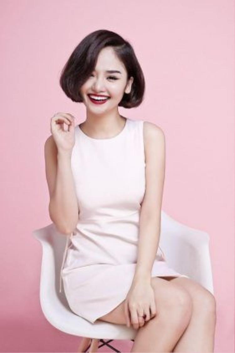 Miu Lê có tính cách gần như trái ngược hoàn toàn với vẻ ngoài bánh bèo, nữ tính.
