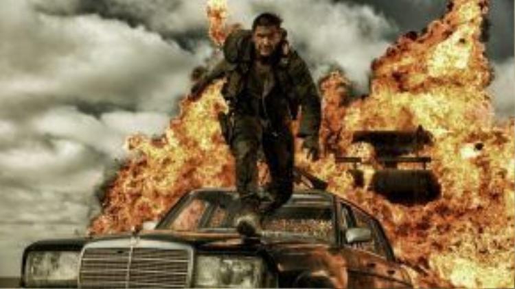 """Fury Road đã làm """"sống dậy"""" loạt phim hành động về chàng Mad Max sau 30 năm ngủ quên"""
