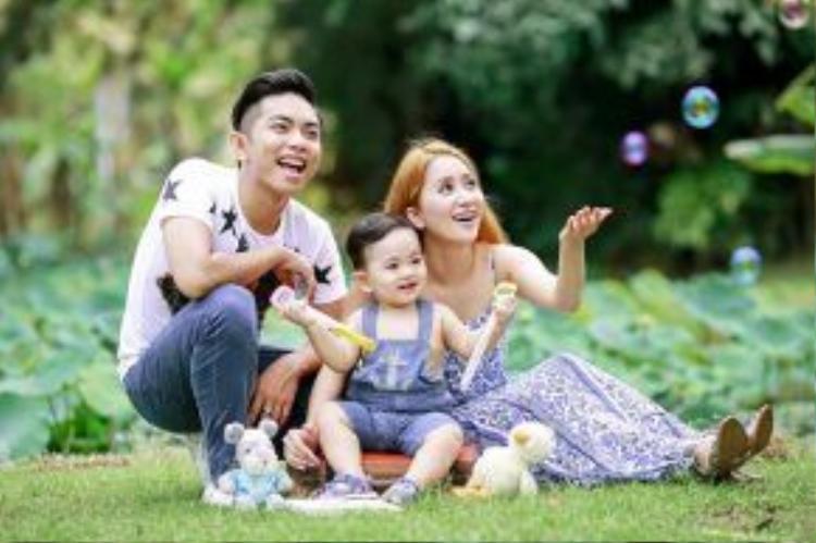 Những hình ảnh Kubi được Khánh Thi - Phan Hiển chia sẻ trên Facebook cá nhân thu hút rất đông sự quan tâm của người hâm mộ.