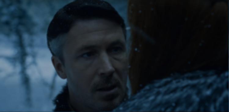 Petyr Baelish đã bắt đầu chuyển mục tiêu sang Sansa để có thể lợi dụng được lực lượng phương Bắc.