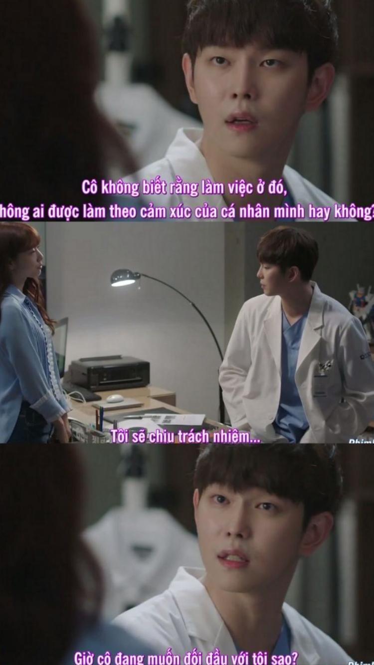 Doctors tập 4: Vừa hội ngộ, thầy trò Ji Hong  Hye Jung đã suýt hôn nhau trên sàn tập