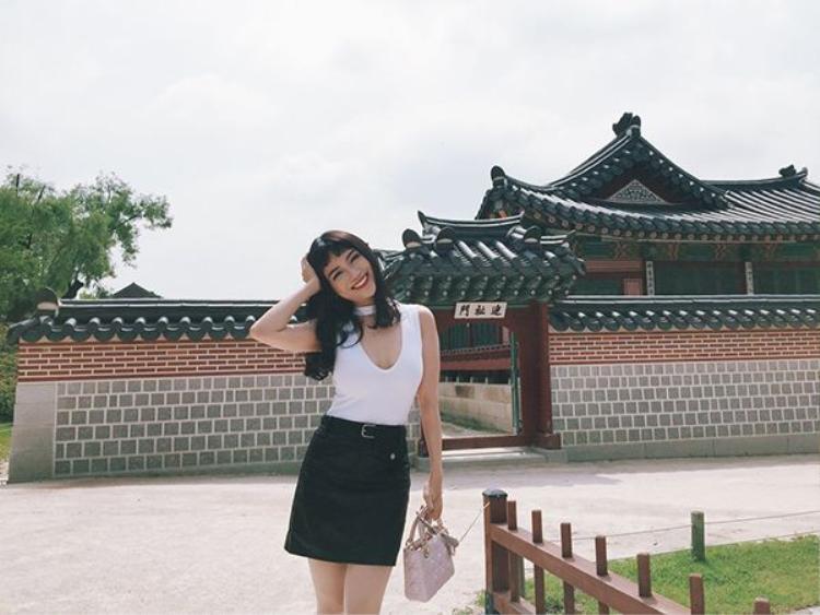 Sĩ Thanh hoá nàng thỏ gợi cảm tại Hàn Quốc