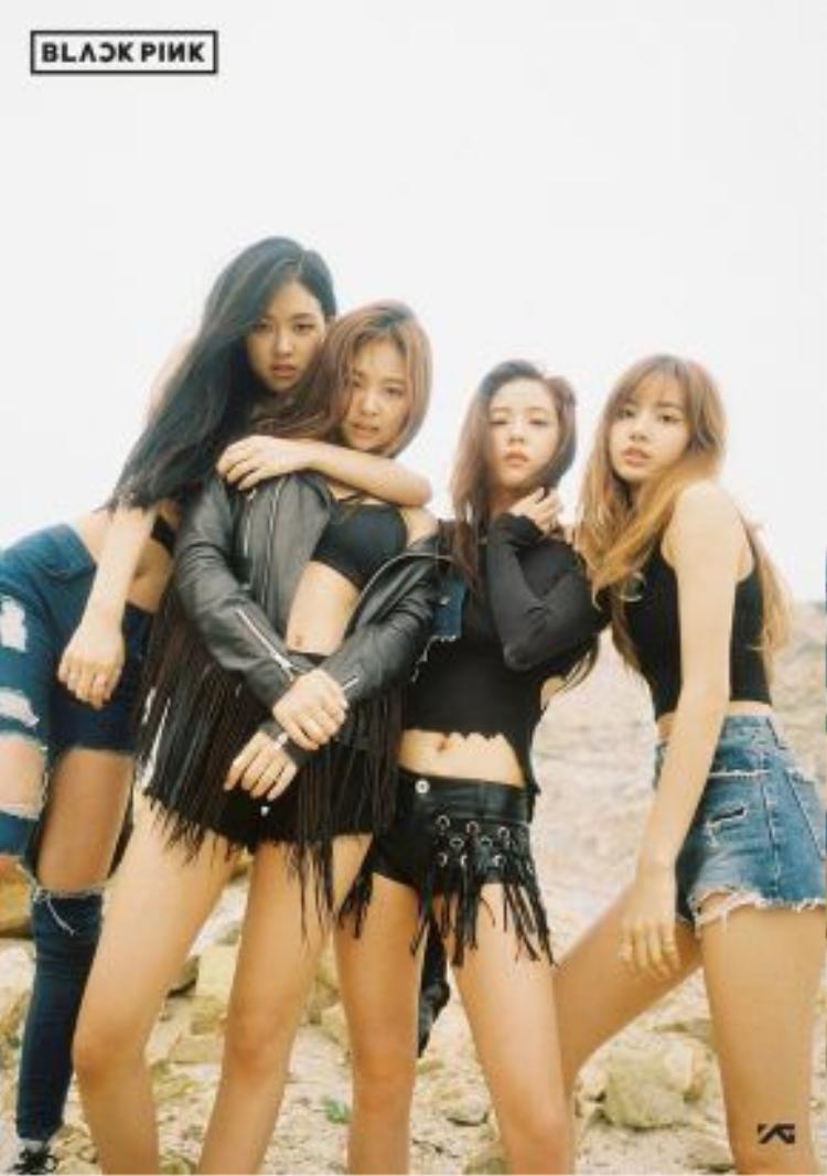 Thế hệ tiếp theo của 2NE1 chính thức mang tên: Black Pink.