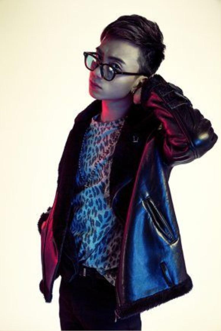 Bên cạnh đó, Soobin đang ấp ủ việc ra mắt MV mới, một tác phẩm do chính anh viết mang tên Lalala, thuộc thể loại R&B.
