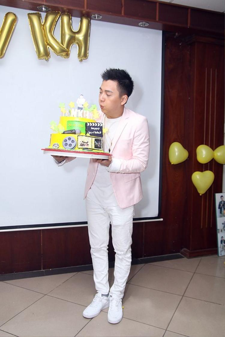 Tuổi 28, gia tài khổng lồ của Ngô Kiến Huy chính là fan!