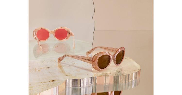 Kính mắt ruồi: phụ kiện thời trang khiến Sơn Tùng, Châu Bùi và các fashionista mê mẩn mùa này