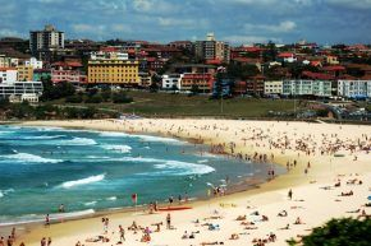 Úc:Nơi đây là ước mơ của những người mê độc hành với những bãi tắm nổi tiếng cùng nền văn hóa thuộc hàng đa dạng nhất thế giới.