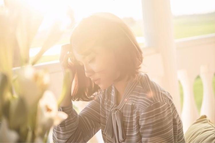 Bích Phương ra mắt MV Gửi anh xa nhớ: Đẹp như một bài thơ!