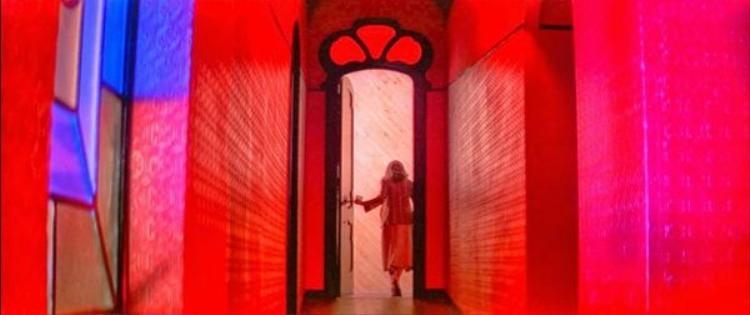 Một cảnh trong Suspiria - bộ phim kinh dị nằm trong danh sách các tác phẩm gây ám ảnh nhất thế kỷ XX.