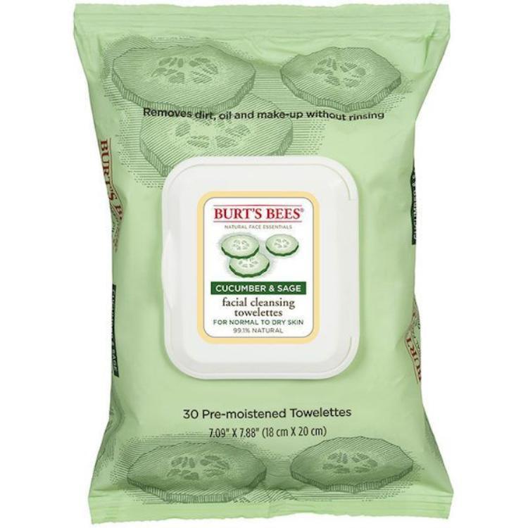 Burt's Bee Facial Cleansing Towelettes với chiết xuất dưa leo và lá xô thơm, đem lại cảm giác nhẹ dịu và dễ chịu khi tẩy trang. Giá Burt's Bee khá mềm với 133.000 đồng/30 miếng. Có thể mua tại cái cửa hàng xách tay Mĩ hoặc Sephora nếu có dịp đi du lịch đó đây nhé!
