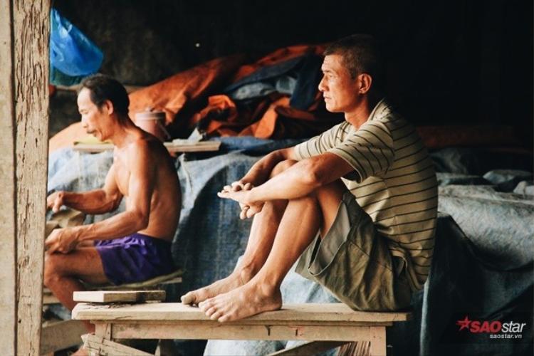 Những người đàn ông trong cái xưởng lò đất cuối cùng ở Sài Gòn
