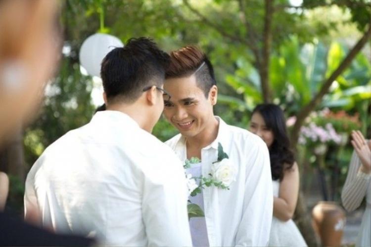Đẹp đôi, dễ thương và tài năng  đây là những cặp đồng tính Việt hot nhất 2016