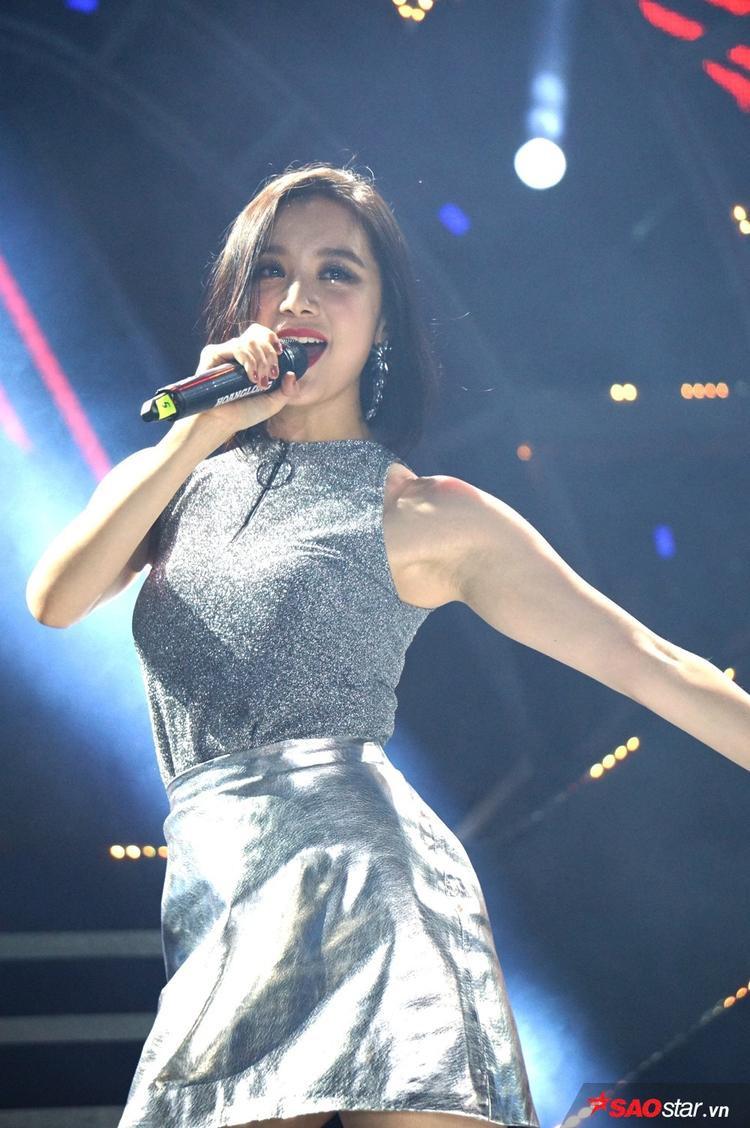 Thu Minh  Sơn Tùng song kiếm hợp bích, Wonder Girls chiêu đãi fan Việt loạt hit đỉnh cao