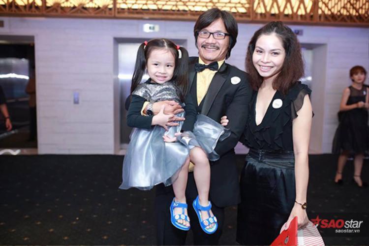 Gia đình diễn viên Công Ninh.