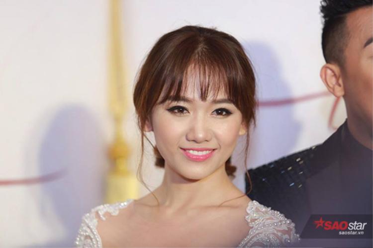 Cận cảnh nhan sắc cô dâu Hari Won.