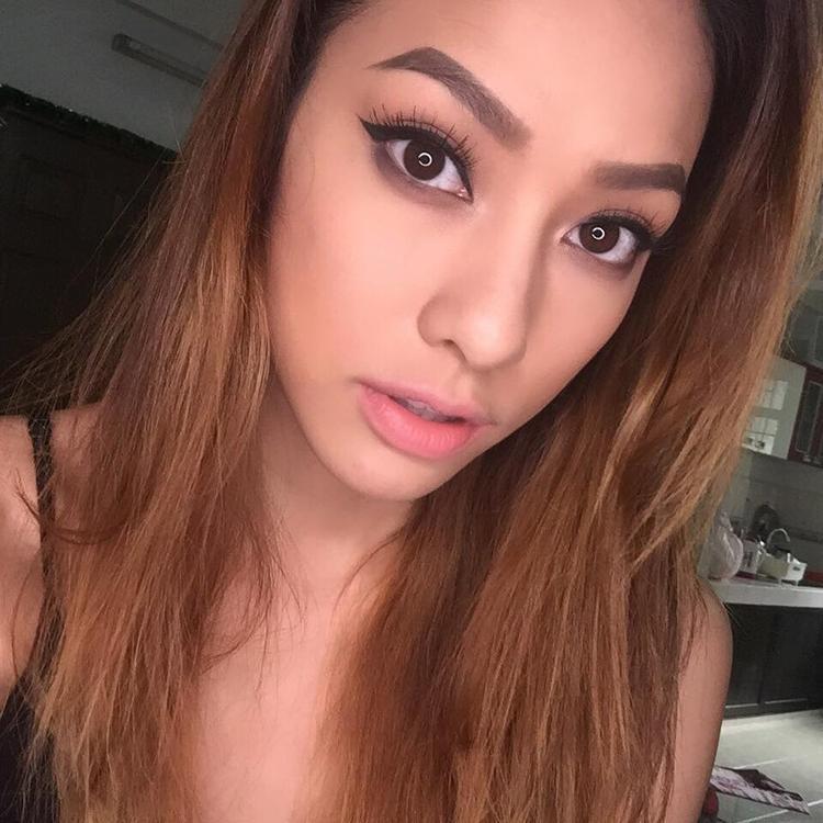Vẻ đẹp của Lilly Nguyễn thì không còn gì để bàn cãi. Nét lai Tây tự nhiên mặc dù là người Việt gốc 100%.