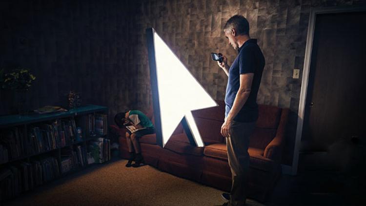 Sở thích chụp, khoe ảnh con trên mạng xã hội của nhiều bậc phụ huynh đã vô tình tiếp tay cho tội phạm ấu dâm.