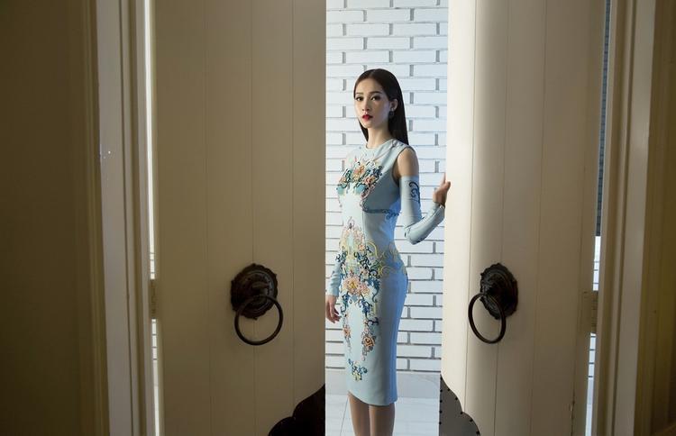 Thưởng thức trọn vẹn từng giây phút xuân qua những mẫu thiết kế của Lê Thanh Hòa.