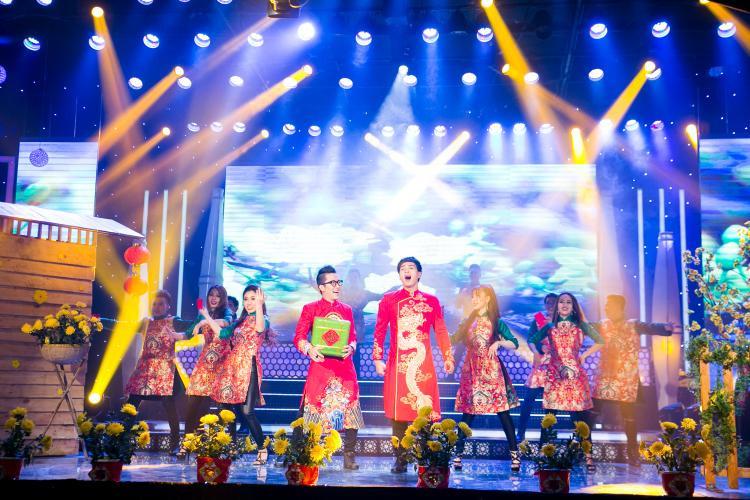 Bảo Anh, Hồ Quang Hiếu tình cảm hết mức trong phim trường thực hiện MV Tết